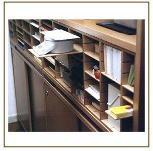 Mehrzweckablage für Büro